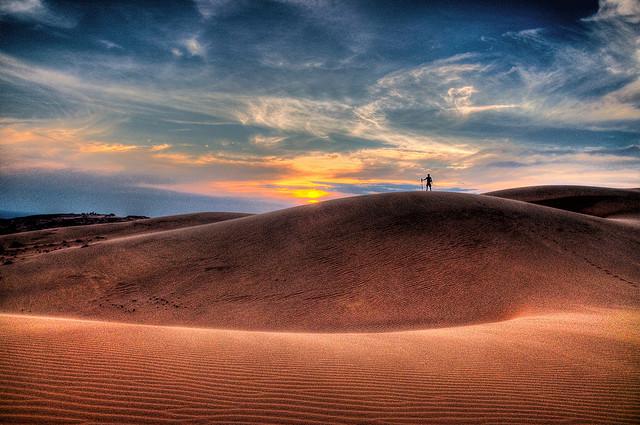 Красные песчаные дюны в Муйне