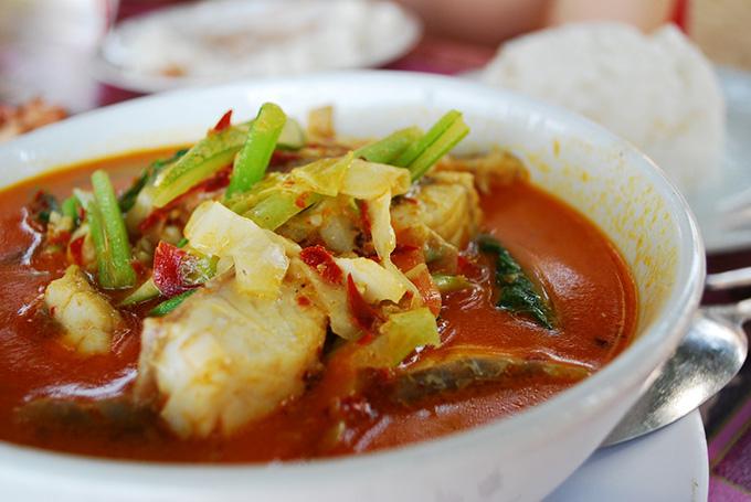 блюдо на Камбодже