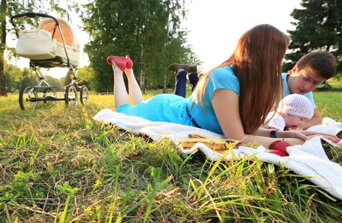 пикник с маленьким ребенком