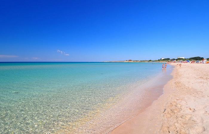 Пляж в Оленевке, Крым